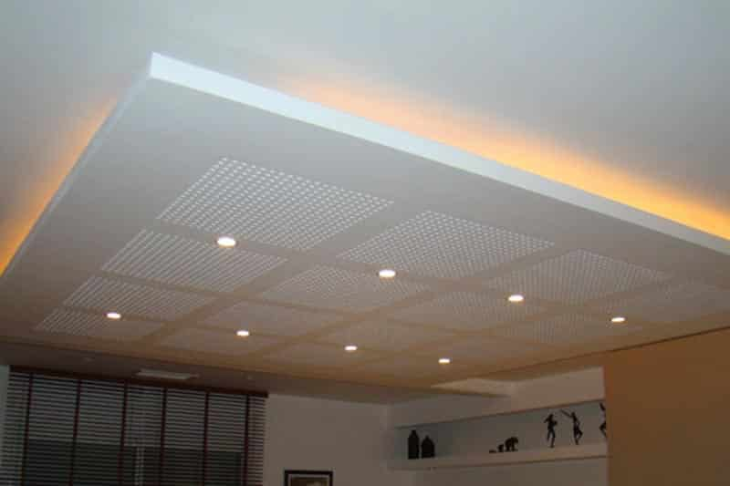 Dalle plafond suspendu prix affordable principe de pose for Devis faux plafond