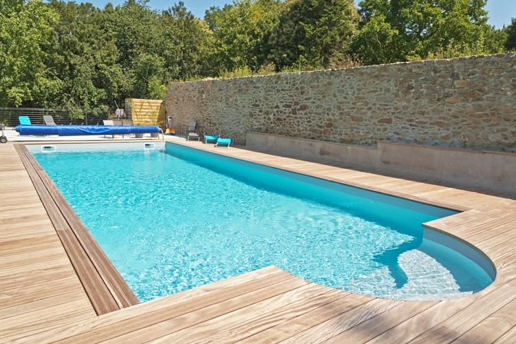 pose liner piscine