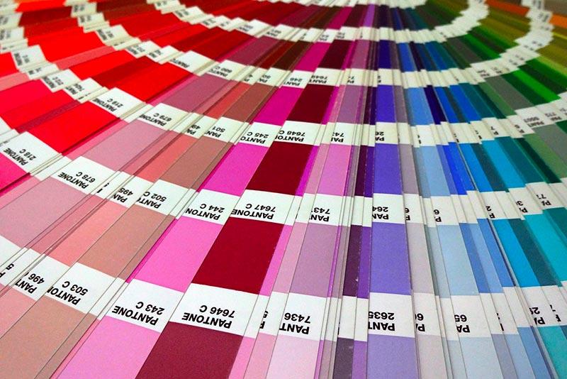 Peintures de couleur, par ici le nuancier