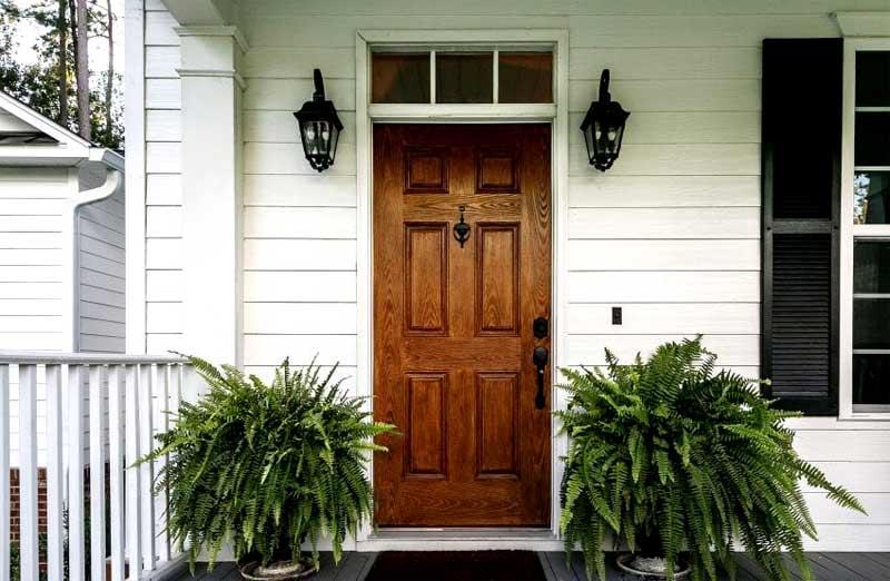 Prix d'une porte d'entrée en bois