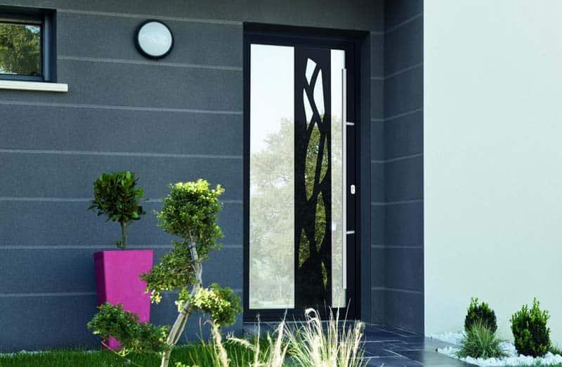 Prix d'une porte en aluminium vitrée