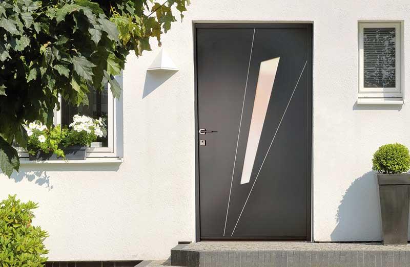 Prix d'une porte d'entrée en acier semi vitrée