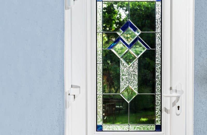 Prix d'une porte en PVC vitrée