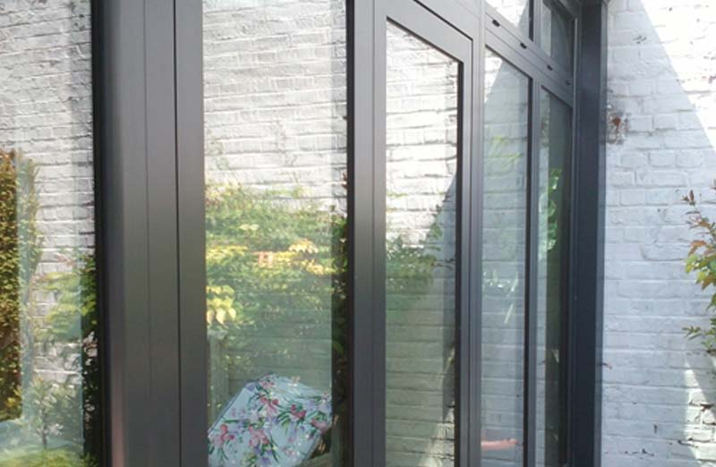 Prix d'une porte-fenêtre en aluminium sur-mesure