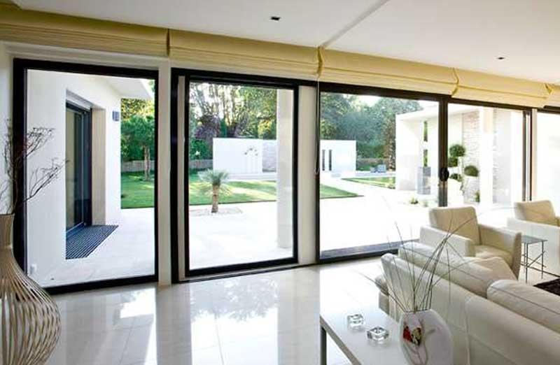 prix baie vitr e sur mesure co t moyen tarif pose. Black Bedroom Furniture Sets. Home Design Ideas
