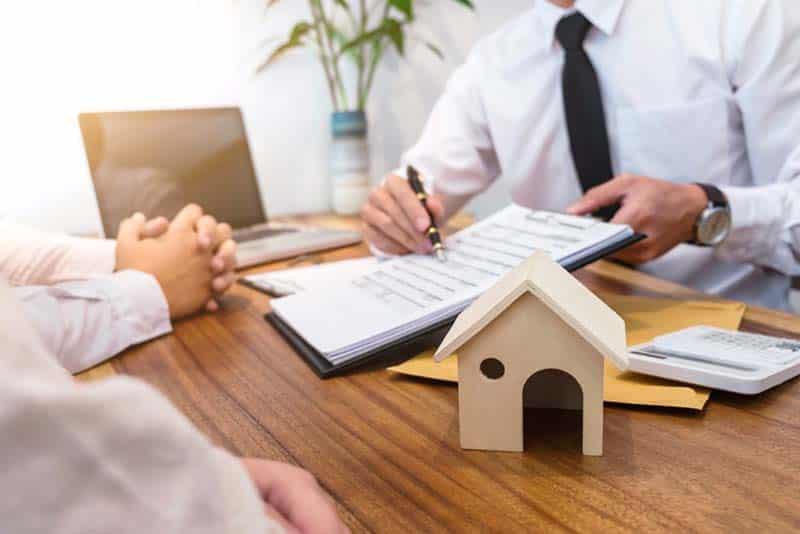 Vous envisagez de réaménager de l'immobilier ou de racheter votre prêt hypothécaire avant de commencer