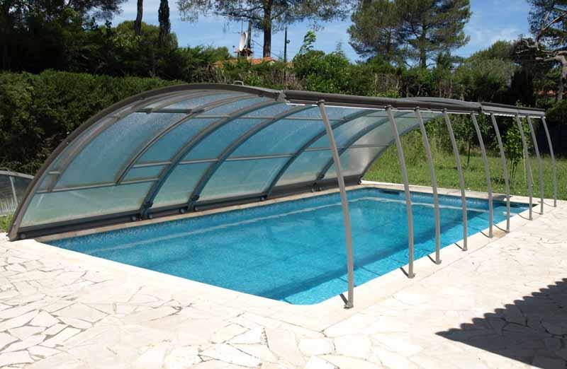Le prix d'un abri de piscine relevable