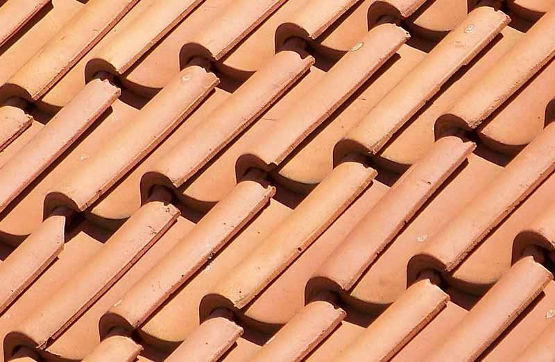 Prix d'une toiture en tuiles à emboîtement
