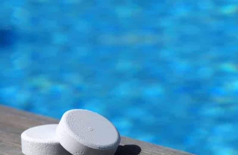 Prix d'un traitement au chlore - Entretien d'une piscine