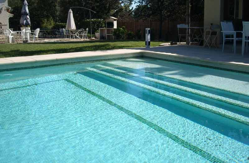 Prix d'un traitement au sel - Entretien d'une piscine