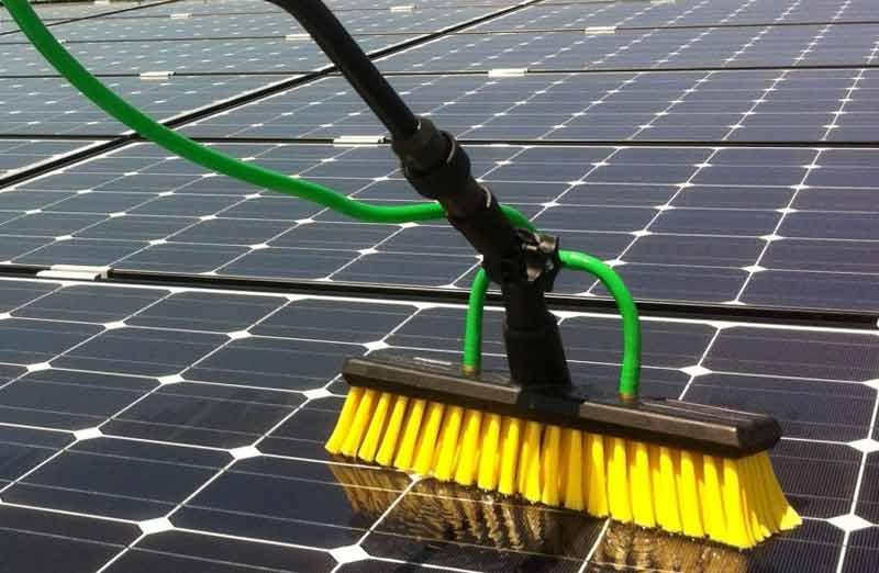 Prix d'entretien panneaux photovoltaïques
