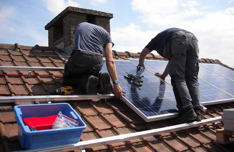 Prix de pose panneaux photovoltaïques