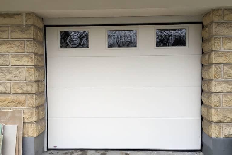 Prix de la menuiserie - Prix d'une porte de garage