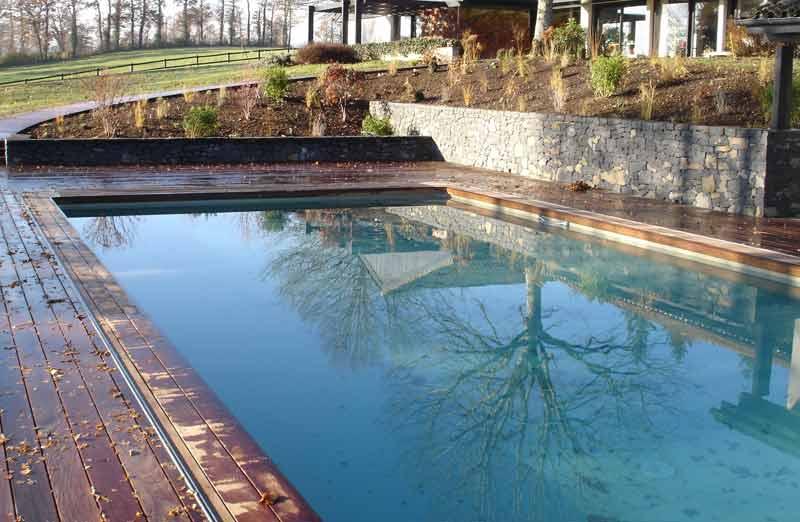 Hiverner sa piscine au bon moment