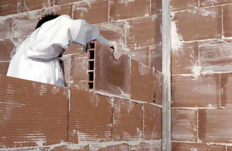 La cloison en brique creuse