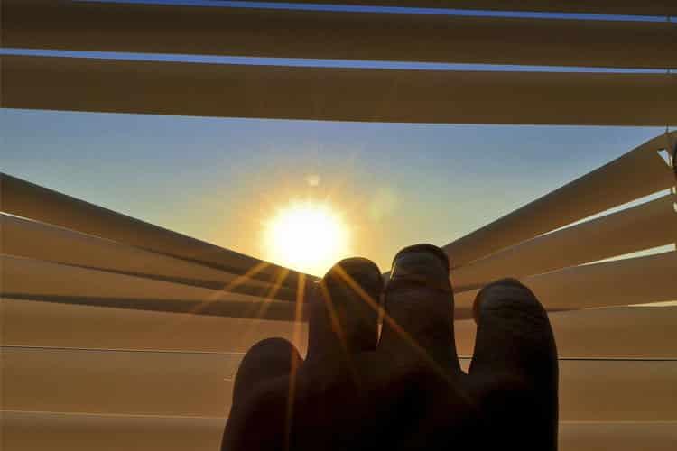 volet roulant solaire avantages inconvenients