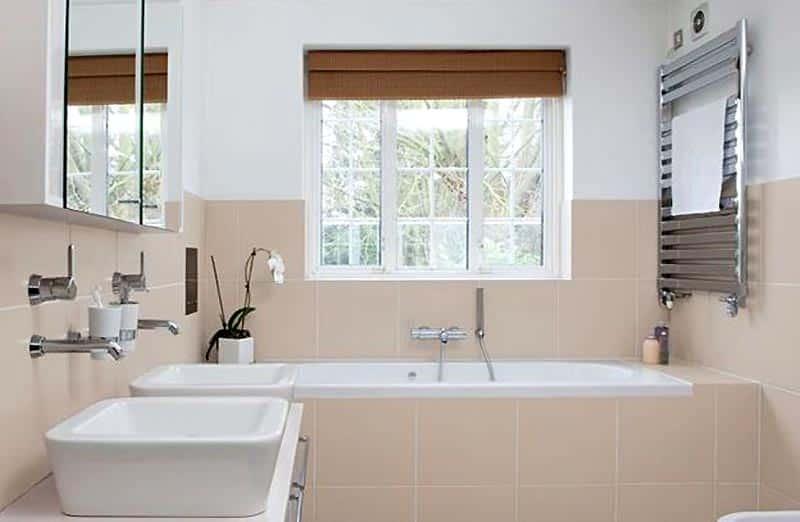 Quand opter pour les peintures techniques dans une salle de bain ?