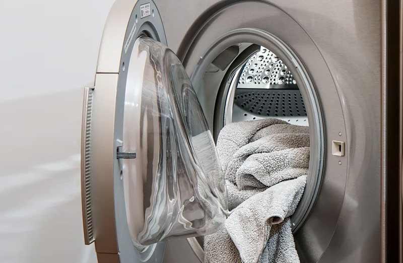 Comment bien choisir son sèche-linge à fixer sur un lave-linge ?