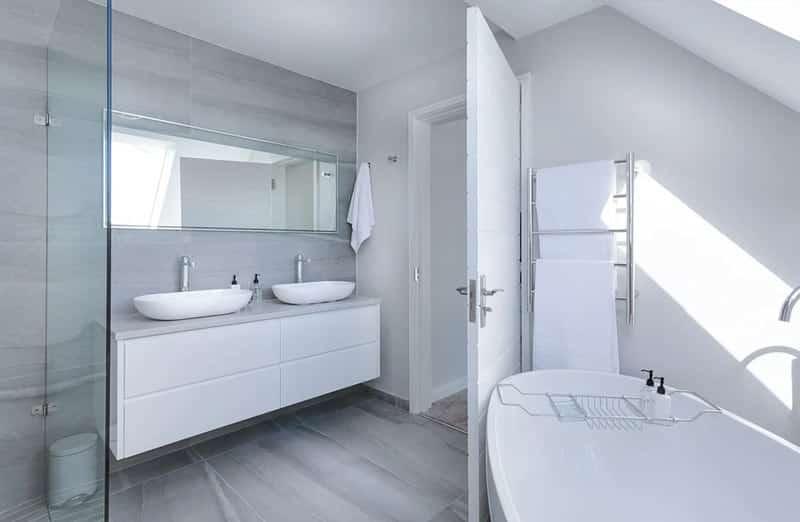 Comment placer les meubles dans une salle de bain ?