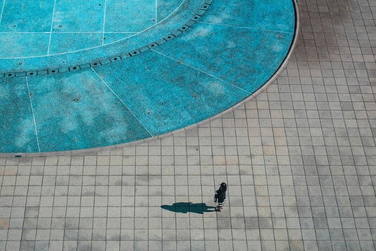 Margelle de piscine en travertin avis