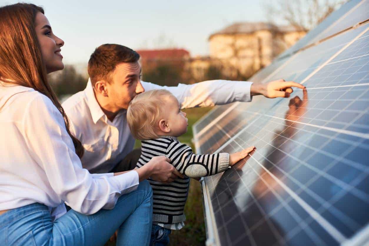 panneaux solaires pour la famille