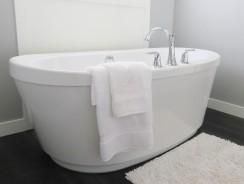 Équipement design pour salle de bain : comment choisir sa baignoire îlot ?