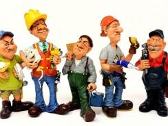 Professionnels du bâtiment qui construisent, rénovent et entretiennent